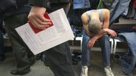 Во Владимирской области призывник-уклонист пытался скрыться в деревне и заблудился в лесу