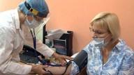 Владимир Сипягин снова сделал прививки от коронавируса обязательными для работников сферы услуг